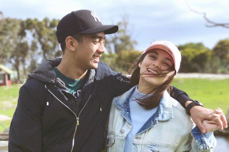 Chelsea Islan Pajang Fotonya Bareng Putra Marini Zumarnis