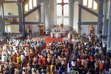 Fakta Penahbisan Uskup Ruteng, Menkominfo Tak Hadir hingga Siapkan Antiseptik untuk 1.500 Umat