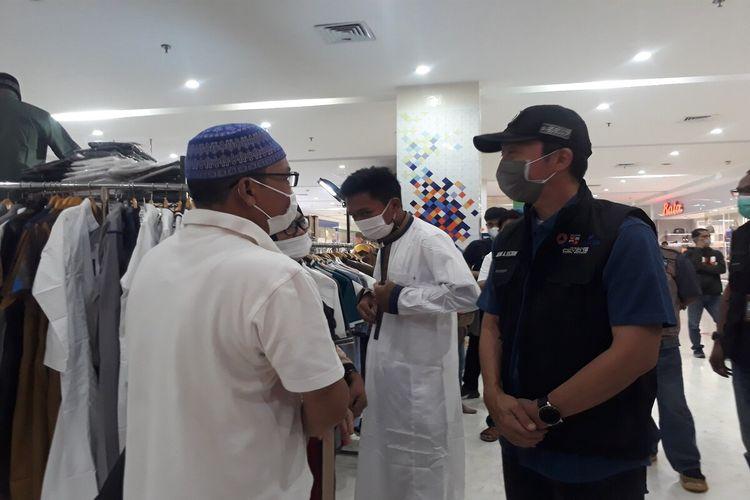 Wakil Wali Kota Bogor Dedie Rachim saat melakukan sidak ke pusat perbelanjaan Lippo Plaza Ekalokasari, Bogor, Jawa Barat, Sabtu (8/5/2021).