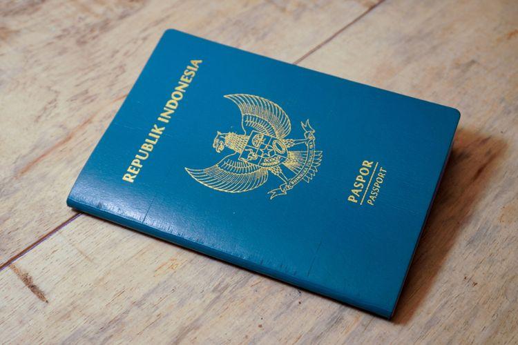 Ilustrasi paspor Indonesia.