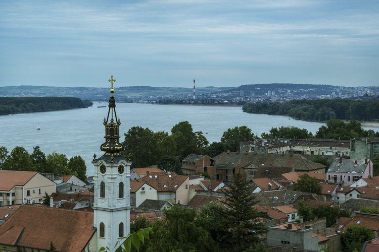 Ibu kota Serbia bernama Belgrade.
