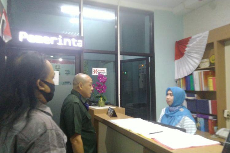 Anggota Komisi C DPRD Jember saat melakukan sidak ke kantor BPKAD Jember Jumat (11/9/2020)
