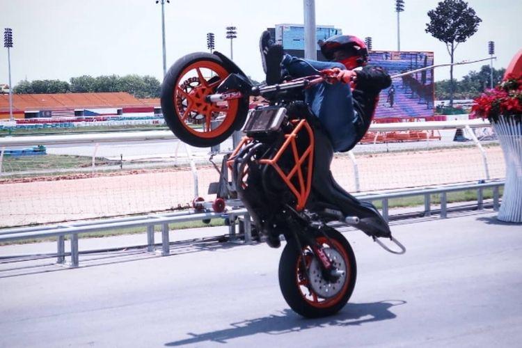 Stunt rider profesional Reza SS