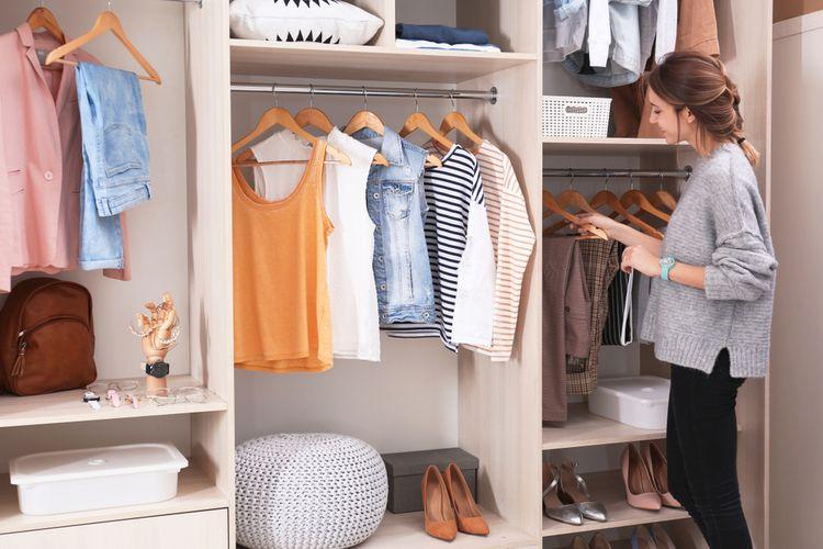 Ilustrasi lemari pakaian