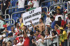 Ditangkap karena Menonton Laga Sepak Bola di Stadion, Seorang Wanita Iran Tewas Bakar Diri