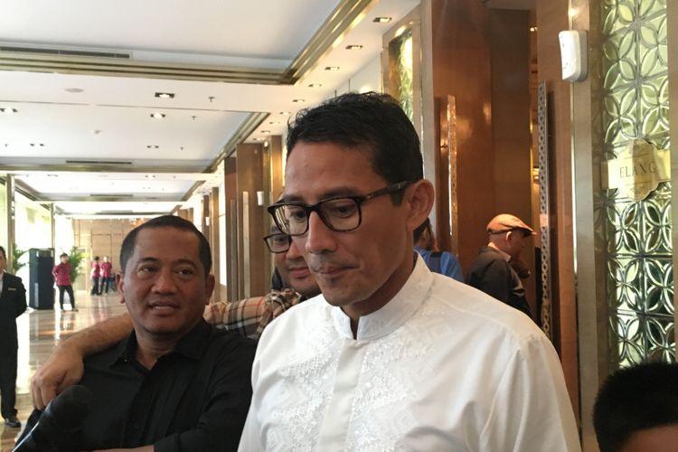 Wakil Gubernur DKI Jakarta terpilih Sandiaga Uno, usai acara pertemuan tokoh Himpuman Pengusaha Muda Indonesia (HIPMI) di Hotel Ambhara Jakarta, Sabtu (6/5/2017).