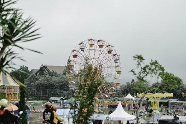 Tempat wisata Taman Ghanjaran Trawas di Mojokerto.