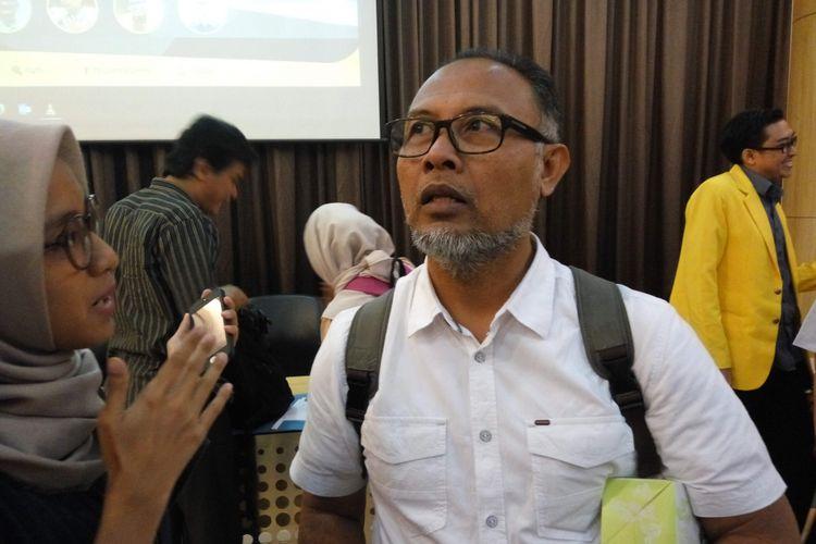 Mantan wakil ketua KPK Bambang Widjojanto saat ditemui di Universitas Indonesia, Depok, Jawa Barat, Selasa (11/4/2017).
