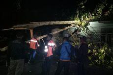 Puting Beliung Rusak Rumah Warga di Asahan, Tower dan Tiang Listrik Roboh