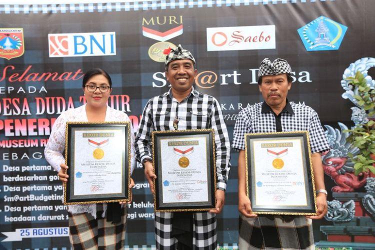 Sabet 3 Rekor Muri Desa Duda Timur Di Bali Jadi Percontohan Desa Lain Halaman All Kompas Com
