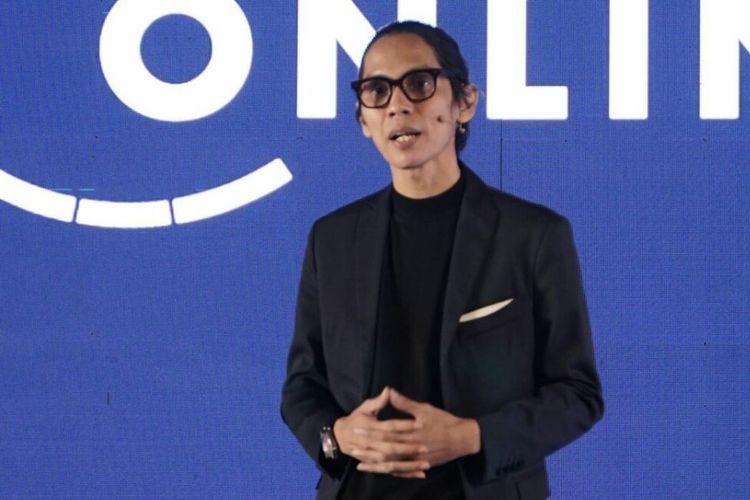 CEO Visinema Group yang memprakarsai Bioskop Online, Angga Dwimas Sasongko
