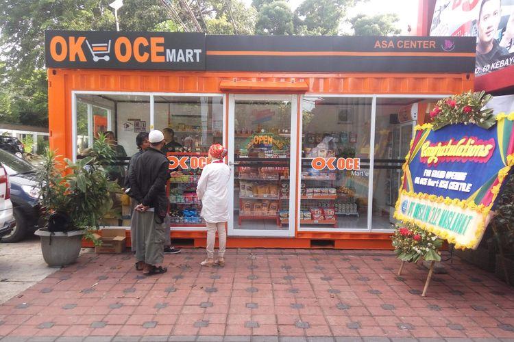 OK-OCE Mart di kawasan Jalan Cikajang, Jakarta Selatan pada Kamis (6/4/2017).
