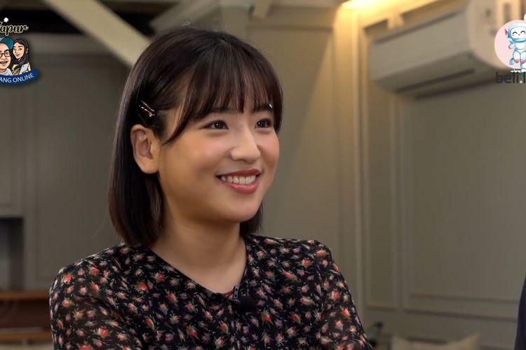 Haruka Nakagawa sedang berbincang dalam  YouTube Dapur Bincang Online.