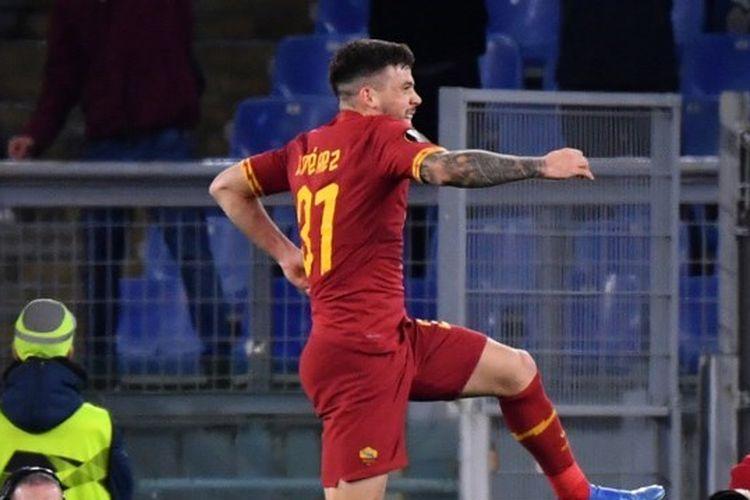 Penyerang Barcelona yang tengah menjalani masa pinjaman di AS Roma, Carles Perez.