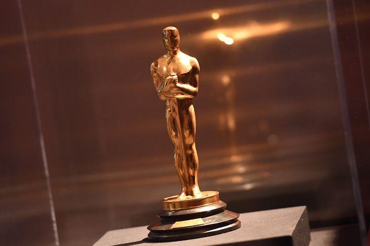 Sebuah Piala Oscar dipamerkan pada acara untuk nomine film berbahasa asing terbaik Academy Awards ke-90 yang diadakan Academy of Motion Picture Arts and Sciences di Beverly Hills, California, pada Jumat (2/3/2018).
