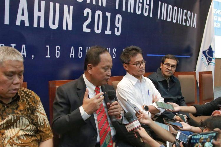 Kemenristekdikti kembali mengumumkan klasterisasi perguruan tinggi Indonesia tahun 2019 pada Jumat (16/8/2019) Gedung D Kemenristekdikti, Senayan, Jakarta.
