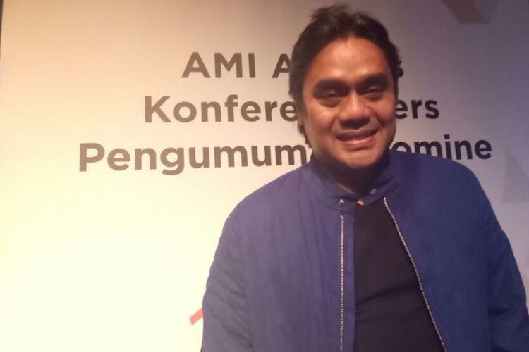 Dwiki Dharmawan saat jumpa pers AMI Awards ke-20 di Plaza Senayan, Jakarta Pusat, Jumat (13/10/2017).