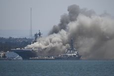 Iran: Kebakaran Kapal Perang AS adalah Hukuman dari Tuhan