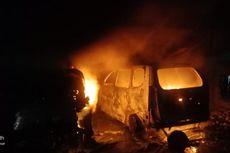 Kebakaran di Bengkel Cipinang Melayu, Dua Mobil Ikut Terbakar