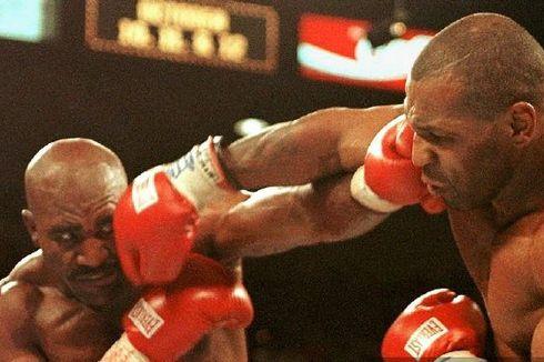 Evander Holyfield Kecilkan Peluang Trilogi Kontra Mike Tyson