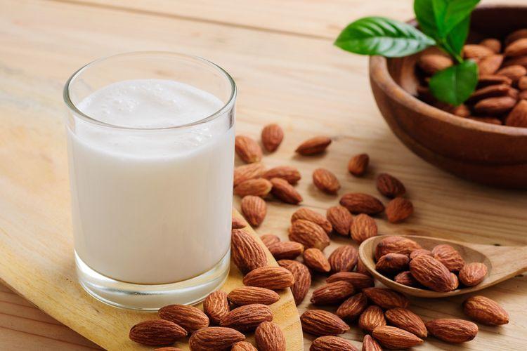 Ilustrasi susu almond