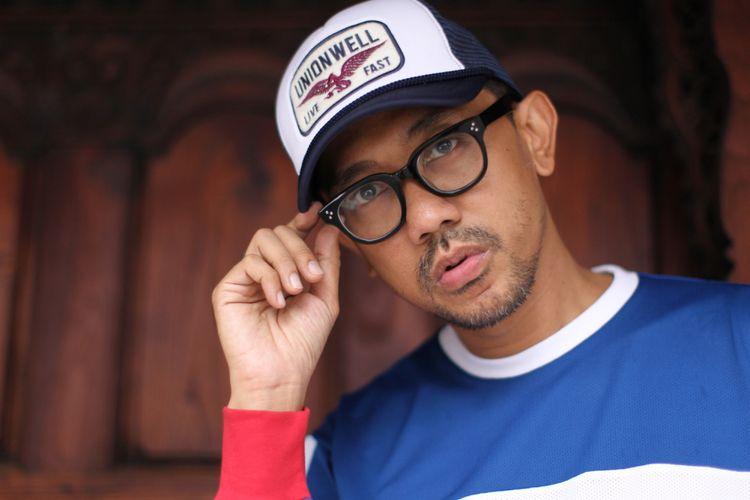 Diskopantera menjalani sesi foto di Bentara Budaya Jakarta, Jalan Palmerah Selatan, Jakarta Pusat, Rabu (27/9/2017). Diskopantera dijadwalkan akan mengisi Synchronize Festival 2017 pada 8 Oktober mendatang.