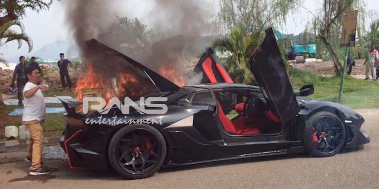 Belajar Dari Kasus Terbakarnya Lamborghini Raffi Ahmad Ingat Lagi Bahaya Modifikasi