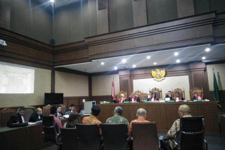 Sidang Dugaan Tindakan Pencuciam Uang dengan Terdakwa Tubagus Chaeri Wardana di Pengadilan Negeri Jakarta Pusat, Jumat (6/3/2020)
