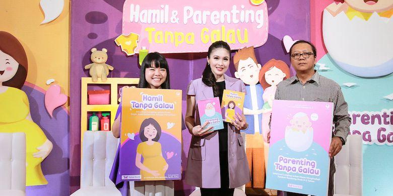 Peluncuran buku Hamil & Parenting Tanpa Galau di Gramedia Matraman Jakarta (26/6/2019).
