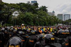 Demo Tolak Omnibus Law UU Cipta Kerja di Jakarta Sisakan 2,1 Ton Sampah