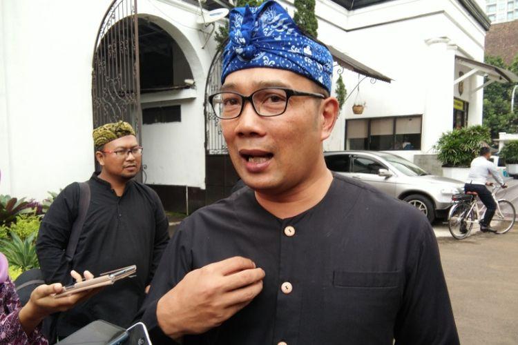 Wali Kota Bandung Ridwan Kamil seusai menghadiri rapat koordinasi pengamanan Natal dan tahun baru di Mapolrestabes, Jalan Jawa, Rabu (13/12/2017).