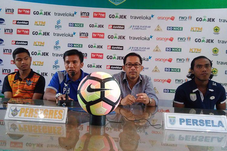 Dari kiri ke kanan; Arga Permana, Pudji Handoko, Aji Santoso, dan Samsul Arifin.