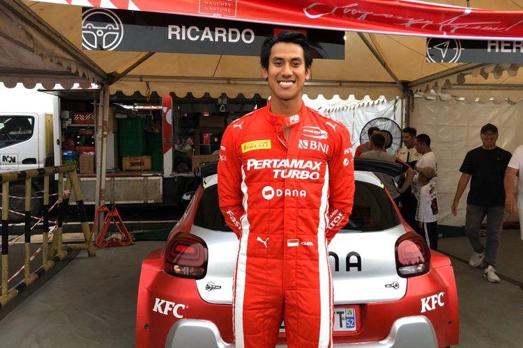 Pebalap Sean Gelael memenangi Meikarta Sprint Rally di kawasan Central Park Meikarta, Cikarang, Bekasi, Minggu (15/12/2019) sore.