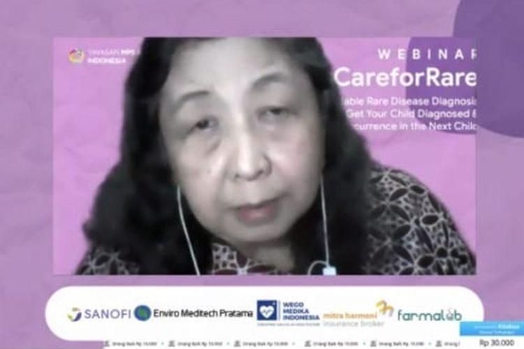 Foto tangkapan layar yang memperlihatkan sosok Kepala Pusat Penyakit Langka RSUPN Dr. Cipto Mangunkusumo, Prof. DR. dr. Damayanti Rusli Sjarif, Sp.A(K), saat mengisi materi dalam Webinar #CareForRare yang diadakan Yayasan MPS & Penyakit Langka Indonesia, Minggu (11/10/2020).