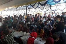 Cari Informasi, Keluarga Korban Datangi Posko Evakuasi Lion Air di Bandara Halim Perdanakusuma