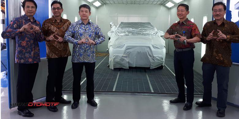 Peresmian fasilitas bodi dan cat Mitsubishi Palembang