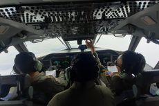 Melihat Proses Modifikasi Cuaca di Selat Sunda dari Pesawat CN-295