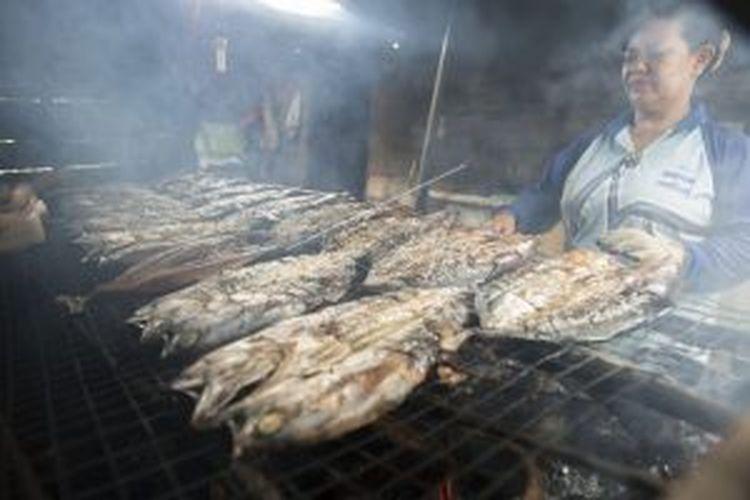 Ikan Tongkol Asap khas Natuna