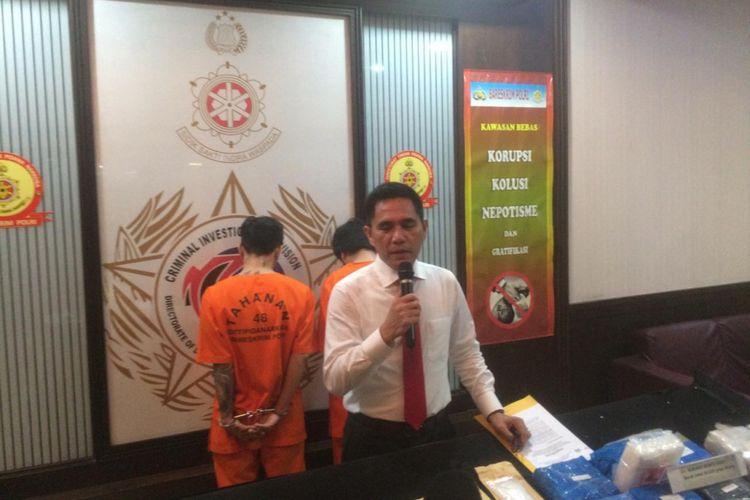 Wakil Direktur Tindak Pidana Narkoba Bareskrim Polri Kombes Krisno Siregar  saat konferensi pers di Kantor Direktorat Tindak Pidana Narkoba, Bareskrim Polri, Cawang, Jakarta Timur, Senin (3/11/2018).