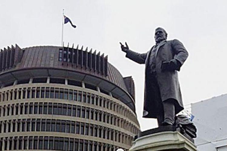 Gedung parlemen di Wellington yang juga difungsikan sebagai museum.