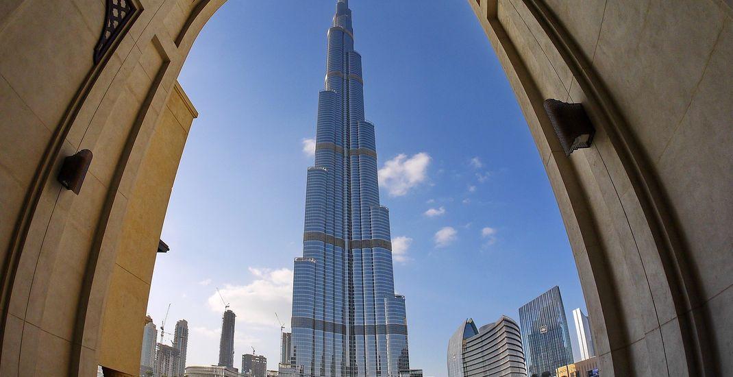 Ilustrasi Uni Emirat Arab - Burj Khalifa di Dubai.