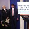 Karena Virus Corona, Trump Umumkan Penangguhan Imigrasi ke AS