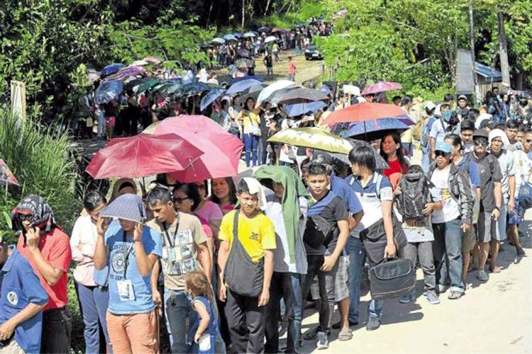 Arus pengungsi di wilayah Marawi, Filipina Selatan, ketika pertama kali pecah konflik bersenjata antara pihak militer dan kelompok teroris Maute.