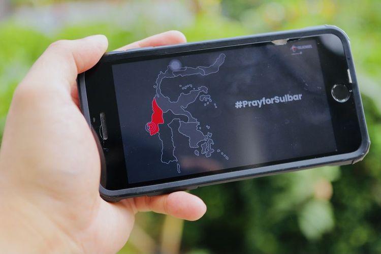Untuk meringankan masyarakat di Kabupaten Majene dan Mamuju, Sulawesi Barat yang terdampak gempa pada Jumat (15/1/2021), Telkomsel menawarkan paket akses bebas telepon dan SMS.