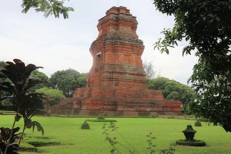 Candi Brahu di Desa Bejijong, Kecamatan Trowulan, Kabupaten Mojokerto, Jawa Timur, ditutup untuk umum sejak 21 Juni 2021 hingga 2 Juli 2021. Salah satu jejak arkeologis peninggalan Kerajaan Majapahit itu ditutup untuk umum guna mengantisipasi penyebaran Covid-19.