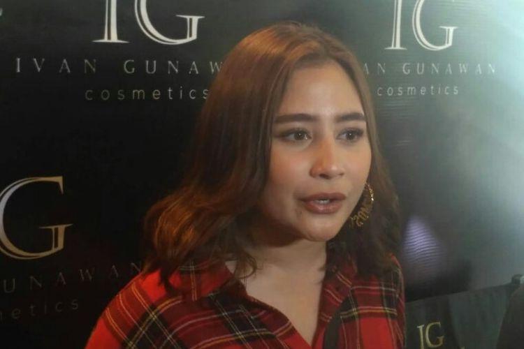 Prilly Latuconsina diwawancara di Grand Indonesia, Jakarta Pusat, Kamis (15/11/2018).