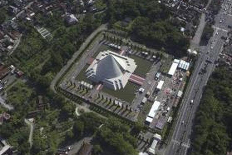 Monumen Jogja Kembali di Yogyakarta, Senin (26/12/2011). Monumen ini dibangun untuk mengenang pertempuran enam jam pendudukan Yogyakarta sebagai ibu kota negara sementara oleh pasukan TNI yang dikenal sebagai Serangan Umum 1 Maret.