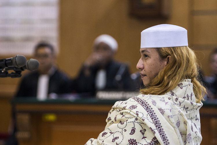 Tersangka kasus dugaan penganiayaan terhadap remaja Bahar bin Smith menjalani sidang perdana di Pengadilan Negeri Bandung, Jawa Barat, Kamis (28/2/2019). Sidang perdana tersebut beragenda pembacaan dakwaan.