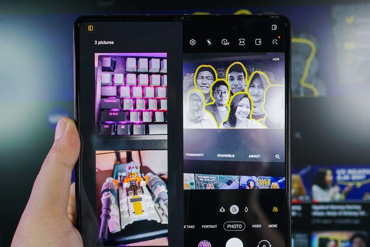 Tampilan antarmuka kamera Galaxy Z Fold 3. Jendela bidik diposisikan di sisi kanan. Sisi kiri memuat foto-foto yang baru diambil.
