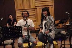Reza Rahadian Bikin Lagu Bareng Yura Yunita